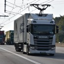 Catenary hybrid truck driving on the test track between Darmstadt and Frankfurt